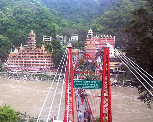 Rishikesh river and temple